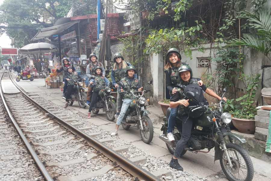 OCEAN TOURS HANOI CITY TOUR HALF DAY ON MOTORBIKE