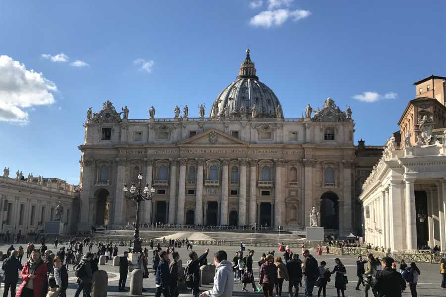 Real Rome Tours Skip the Lines Vatican Semi-Private Tour