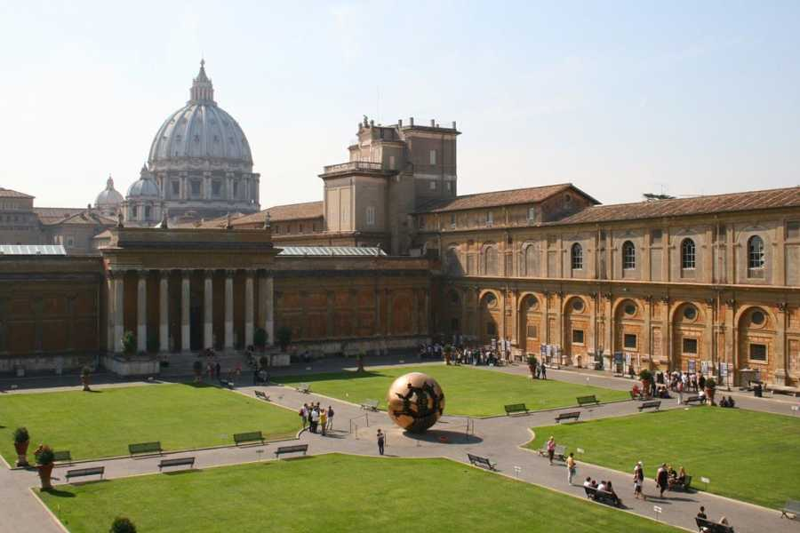 Real Rome Tours Skip-the-Line Tickets: Vatican Museums, St Peter's & Sistine Chapel