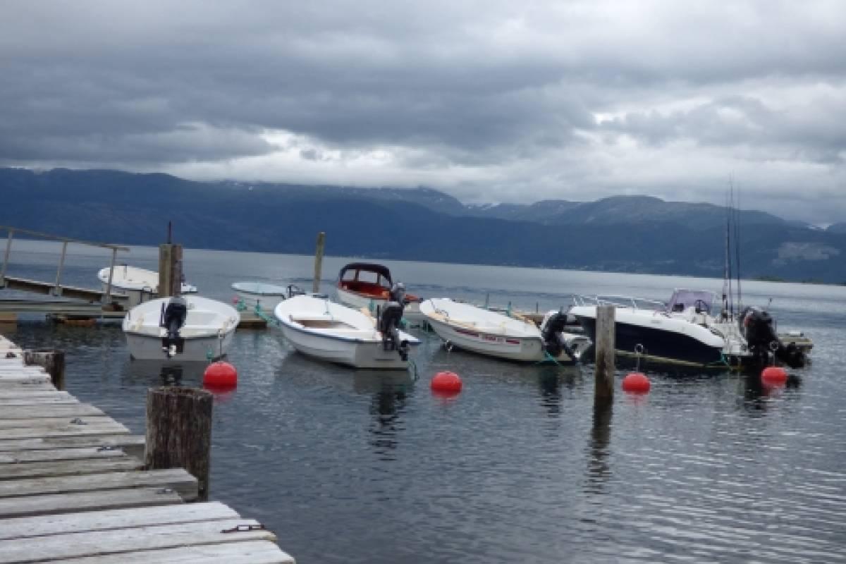 Hardanger Feriesenter AS Bootsverleih - 30/2 PS Angel- und Ausflugsboot