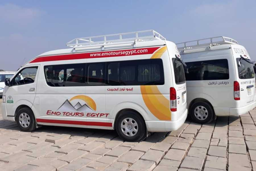 EMO TOURS EGYPT Taxi from Cairo airport to a hotel in  Pyramids area