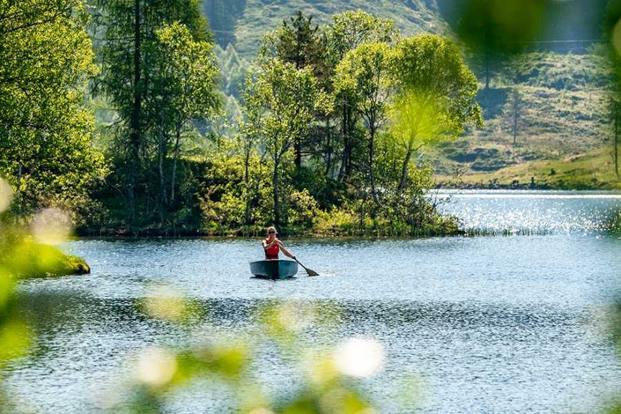 Sogn Tours LETS GO PADDLE A CANOE!