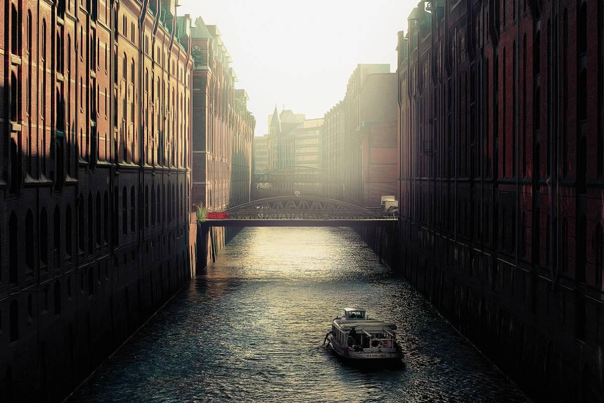 SANDEMANs NEW Hamburg Tours Hamburg Speicherstadt & Hafencity Tour
