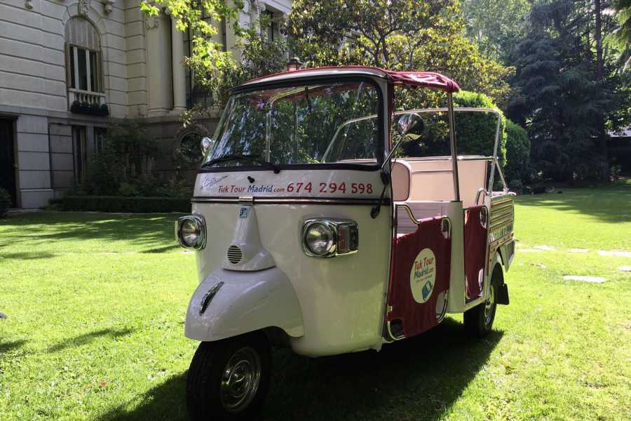 Urban Safari Tours Tuk Tuk: Rent it  with driver for hours for events.