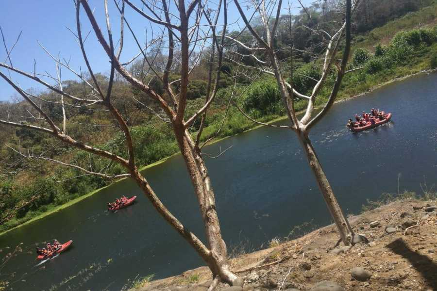 Congo Canopy Papagayo River Floating Boat Tour