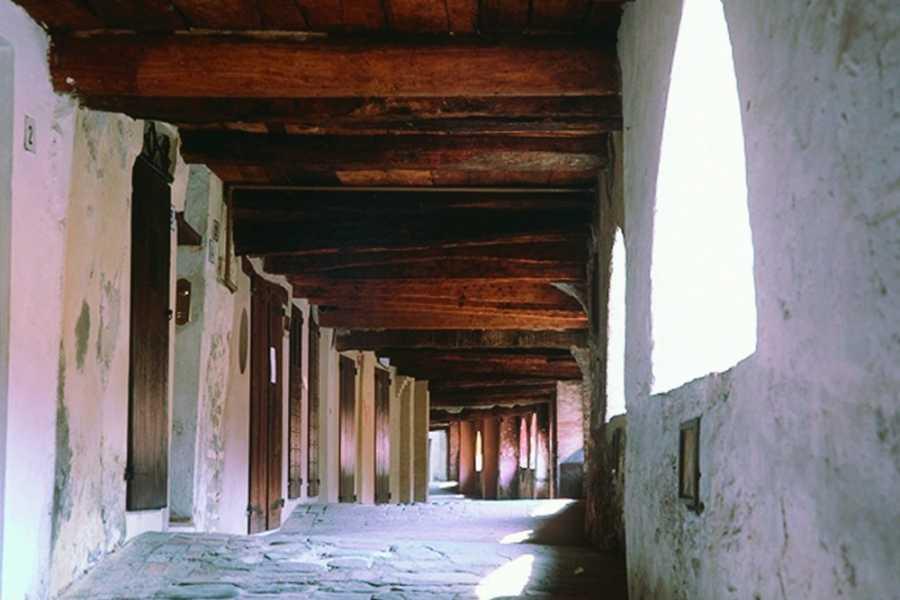 IF Imola Faenza Arte e storia tra Faenza e Brisighella, la città della Ceramica e uno dei Borghi più belli d'Italia