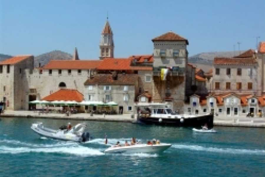 "Travel Agency"" South Tours"" Sunset panoramic boat  tour from Split to Trogir"