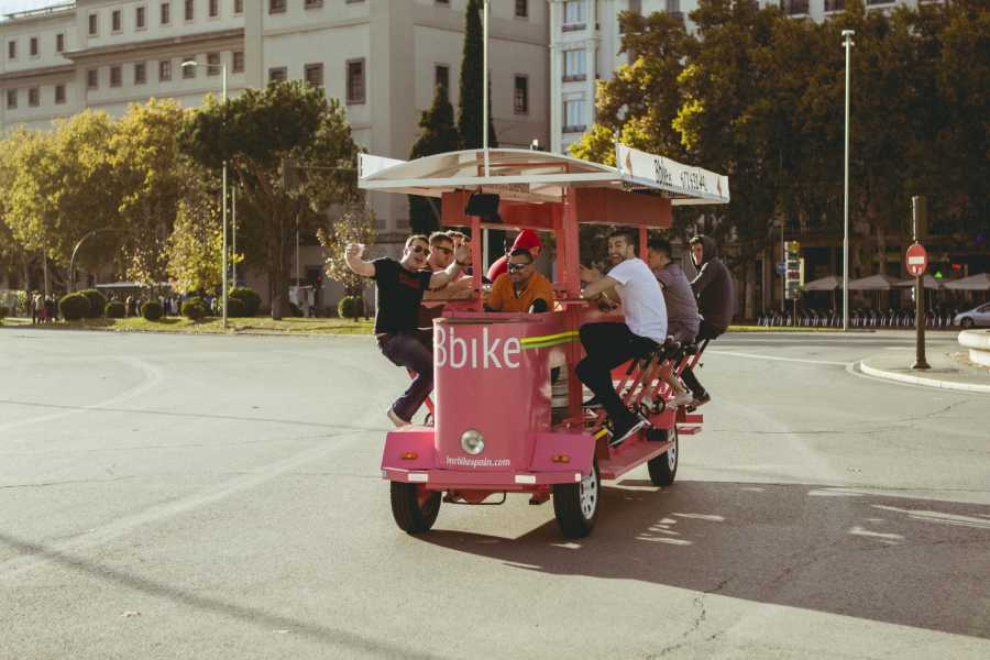 Urban Safari Tours Beer Bike 8 - 11 people + SPARKLING WINE