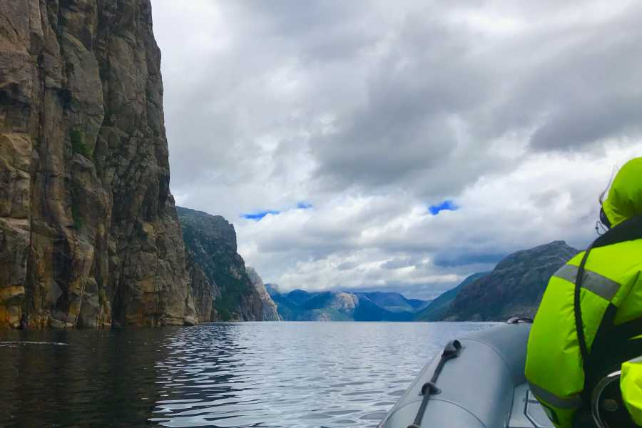 FjordEvents AS Lysefjord Safari Private