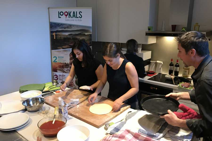Lookals The Art of Making Pizza Workshop in Milan