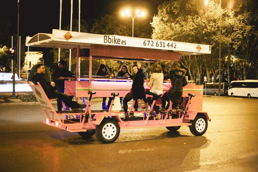 Urban Safari Tours Beer Bike 8-11 people + LITRE beer / sangría per person.