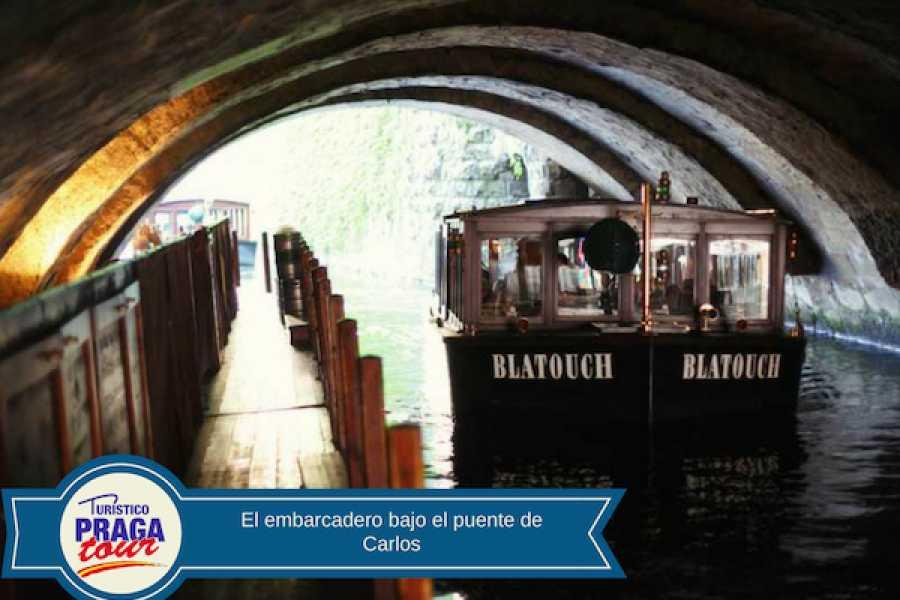 Turistico s.r.o. Paseo en barca + Museo del puente de Carlos