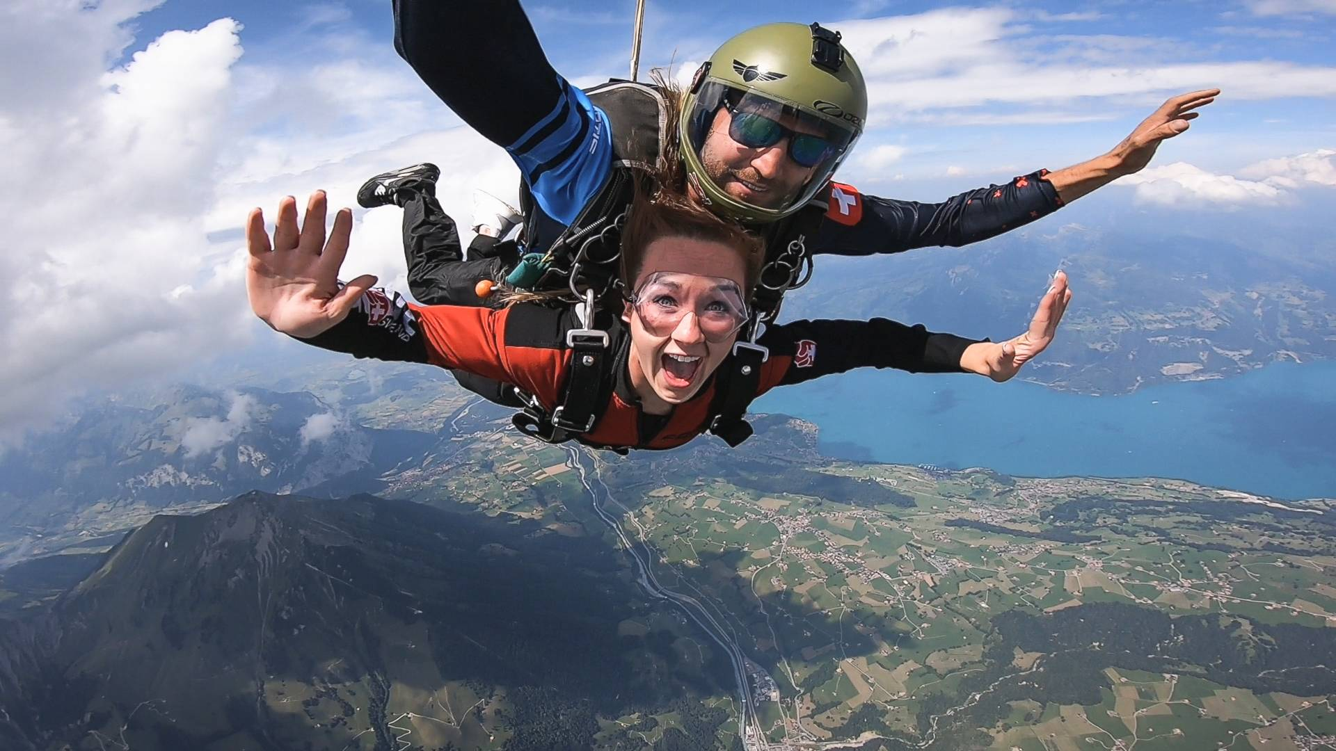Airplane Skydiving - Jump The Swiss Alps