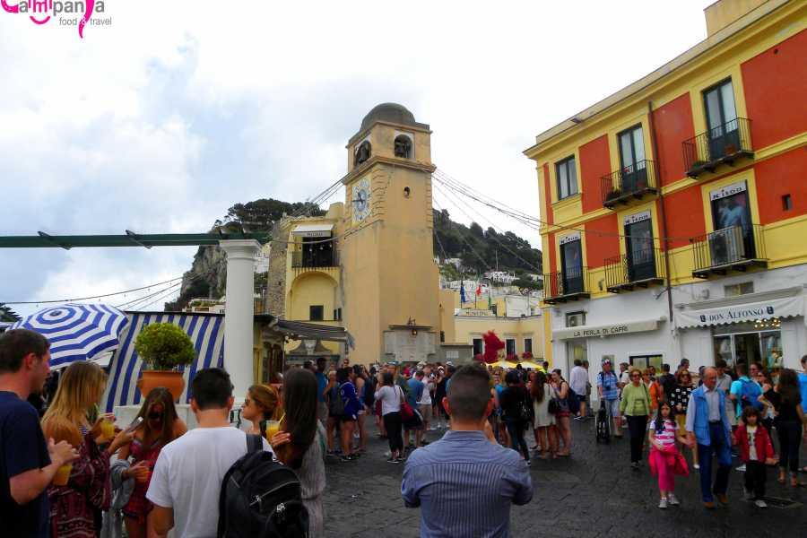 Campania Food & Travel Tour Privato di Capri in Motoscafo e Visita Guidata