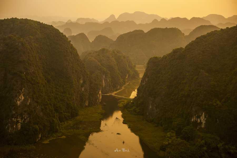 Viet Ventures Co., Ltd Trekking northern Vietnam 6 days
