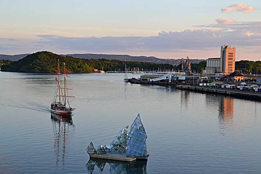 Viking Biking Food Tour & Fjord Cruise : Beer, Buffet, & Boat Tour