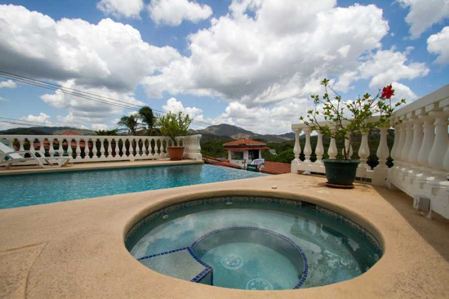 Tour Guanacaste On-Line Marina Real Penthouse