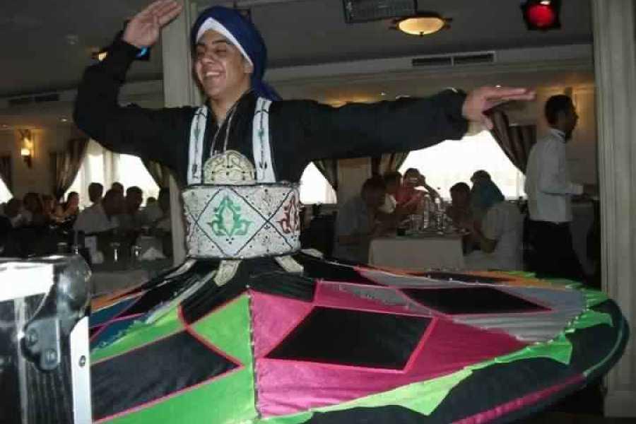 EMO TOURS EGYPT KAIRO-ABENDESSEN-KREUZFAHRT MIT BAUCHTÄNZER-SHOW