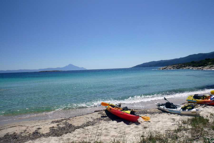 Grekaddict Yoga and Kayak in Halkidiki