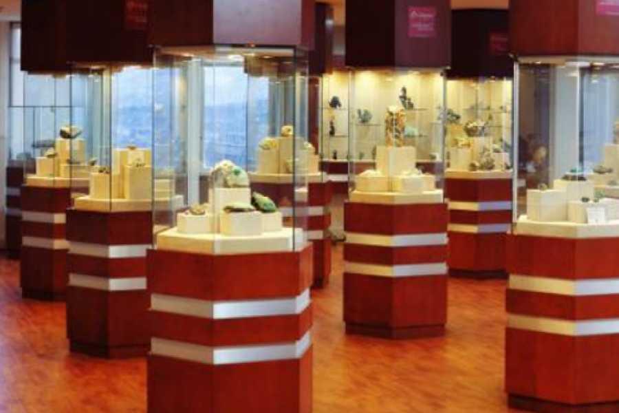 Medellin City Services Exclusive Emerald Tour in Bogota