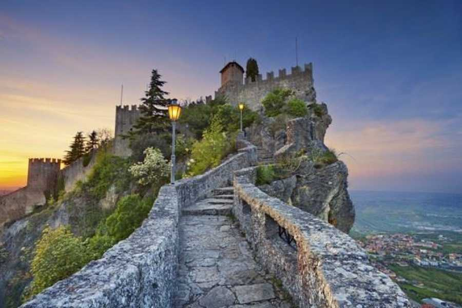 Visit Rimini Excursion to San Marino