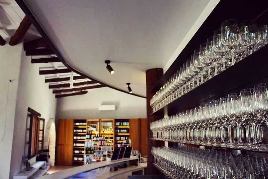 Destination Platanias Manousakis Winery Wine Tasting