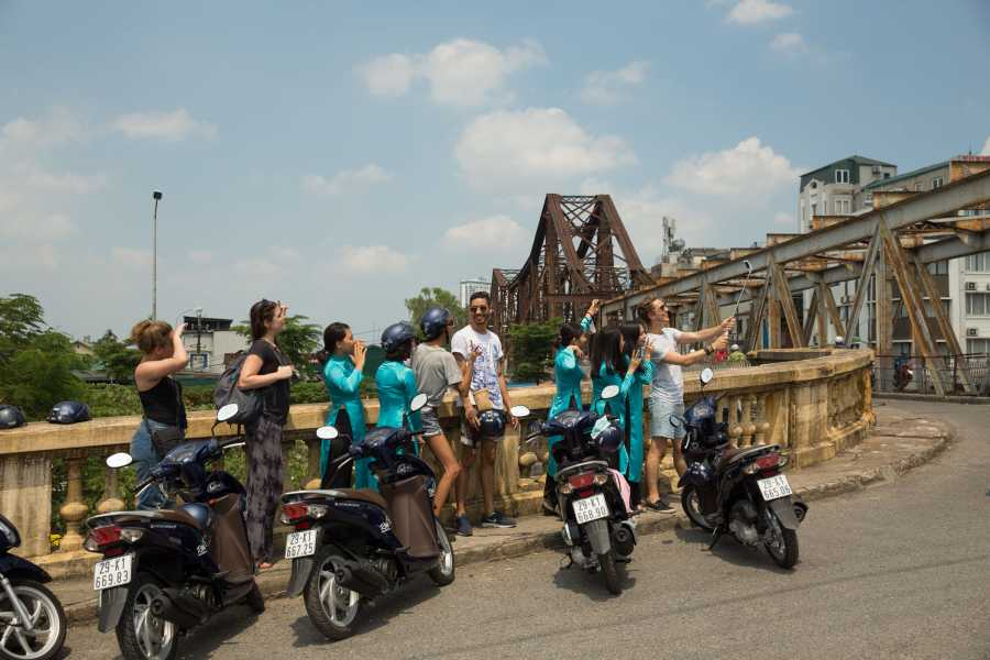 Vietnam 24h Tour Amid Hanoi s beauty on Wheels