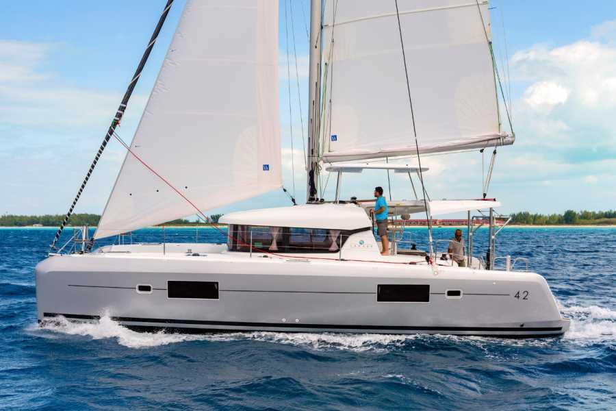 Grekaddict Daylight Cruise in Halkidiki on a Catamaran