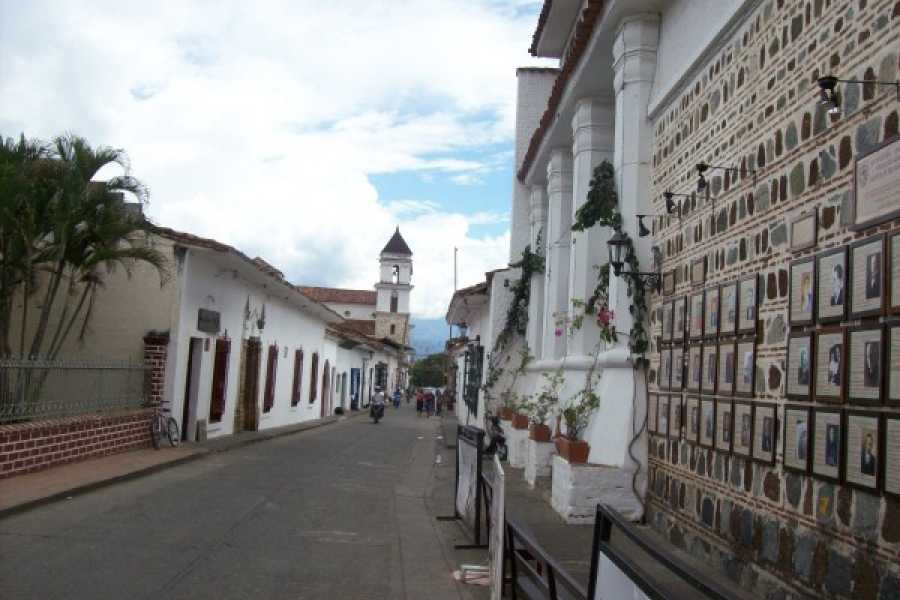 Medellin City Tours 3 days Colonial Coffee trail