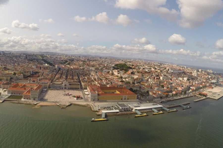 Lisbon on Wheels Helicopter and Lunch and tour experience in Cascais-Sintra