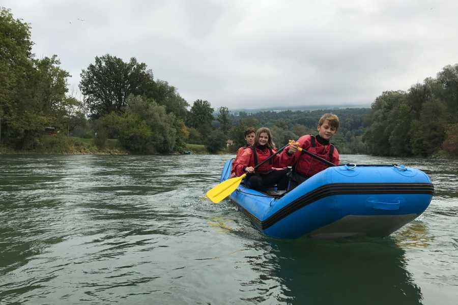 HB Adventure Switzerland AG Flussfahrt Reuss