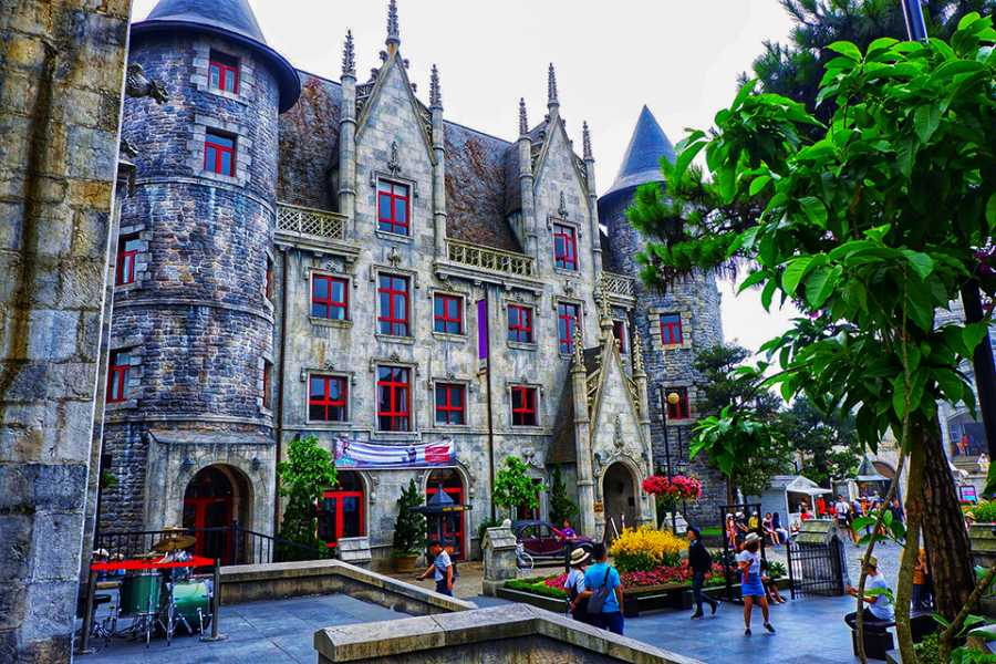 Viet Ventures Co., Ltd Ba Na Hills full day tour