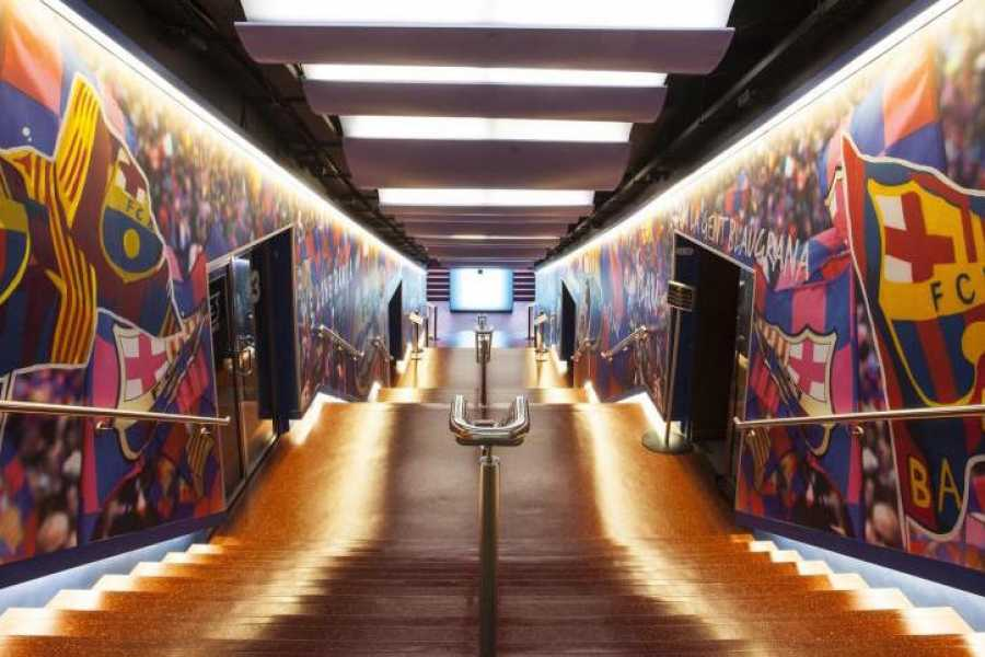 ICONO Serveis Culturals F.C.Barcelona Fans: Visita Guiada al Camp Nou Experience con Brunch