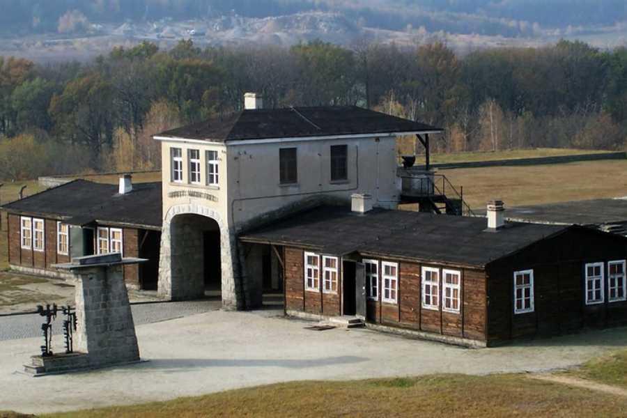 Wroclaw Sightseeing Tours Secrets of World War II