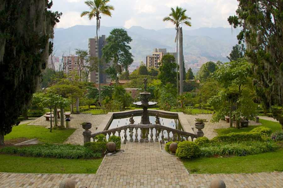 Medellin City Services Tour Cultural Privado