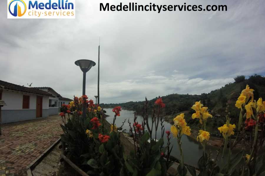 Medellin City Tours Guatape and Peñol rock full day tour