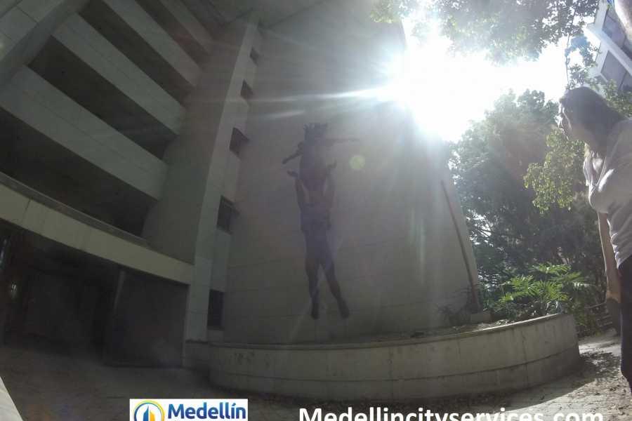 Medellin City Tours DARK DAYS: PABLO ESCOBAR TOUR & THE NEW MEDELLIN