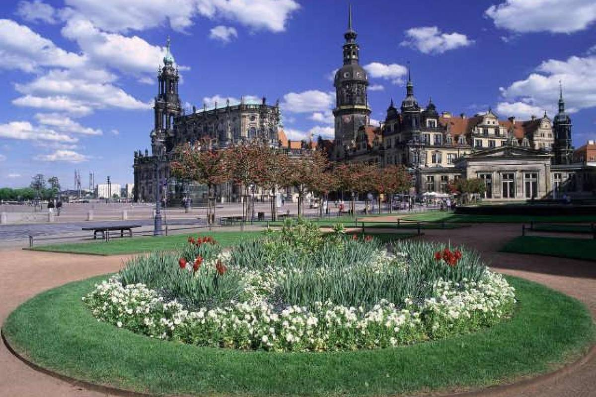 Wroclaw Sightseeing Tours Dresden Tour
