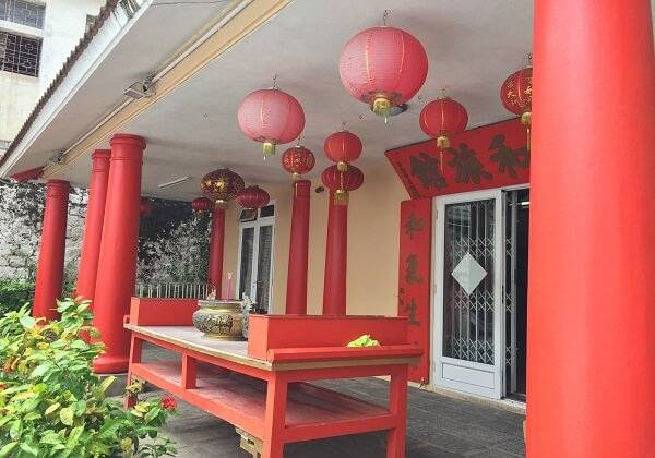 Exclusive China Town Food Tour - Experience the Unique fusion of Sino-Mauritian flavours