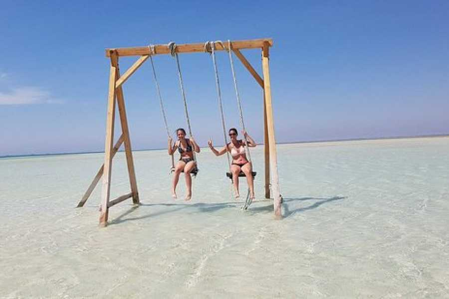 Excursies Egypte Orange Bay Island snorkeling  trip from  Hurghada