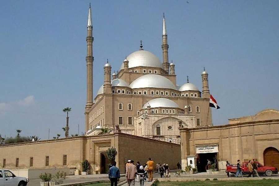 Marsa alam tours Tagestour nach Kairo vom Hafen von Port Said