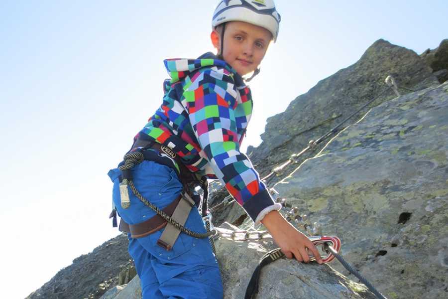 Saas-Fee Guides Summer Belongs To The Kids