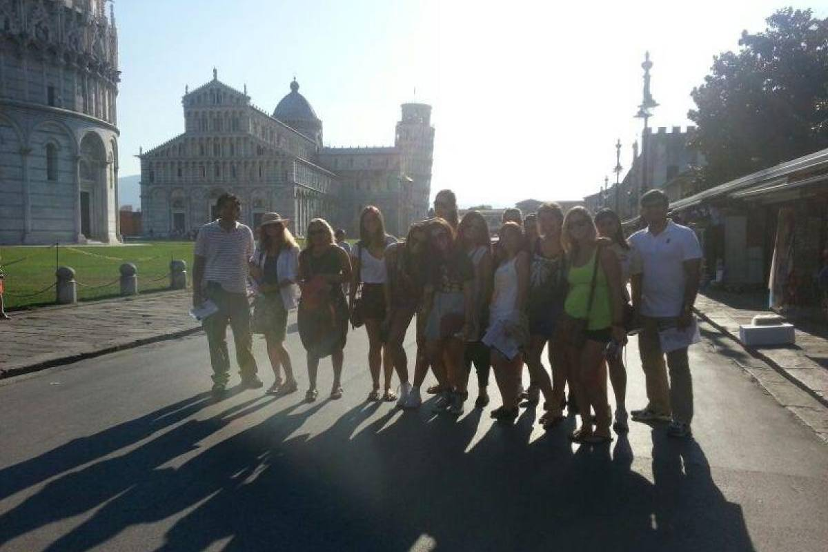 Tuscany on a Budget tours MORNING IN PISA TOUR