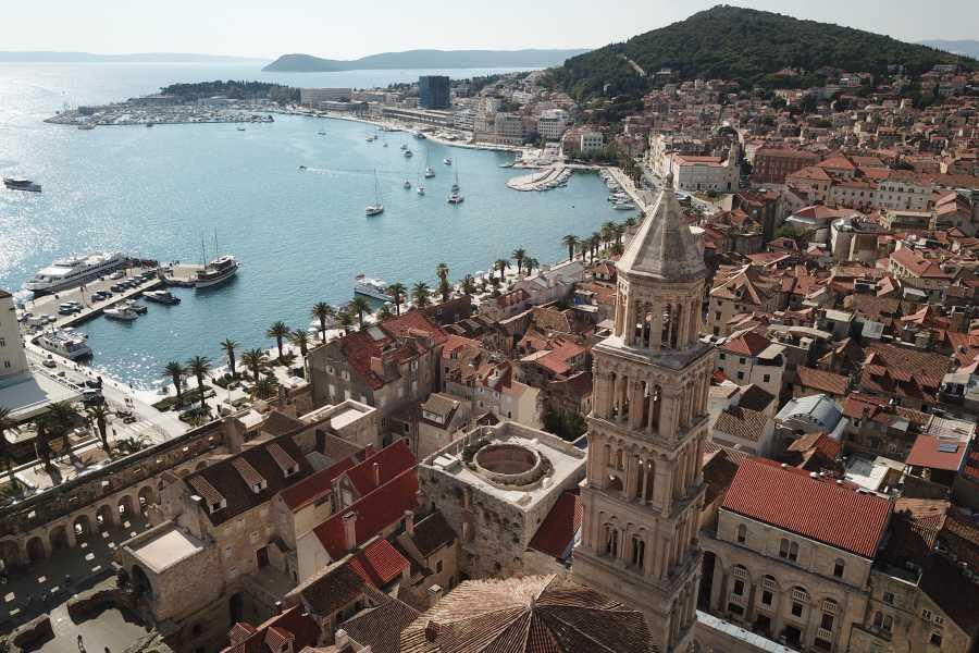 Bus2Alps AG Croatia - Meet Us There