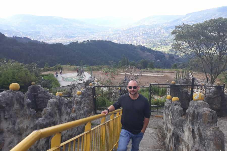 Medellin City Tours Private tour to Pablo´s prison