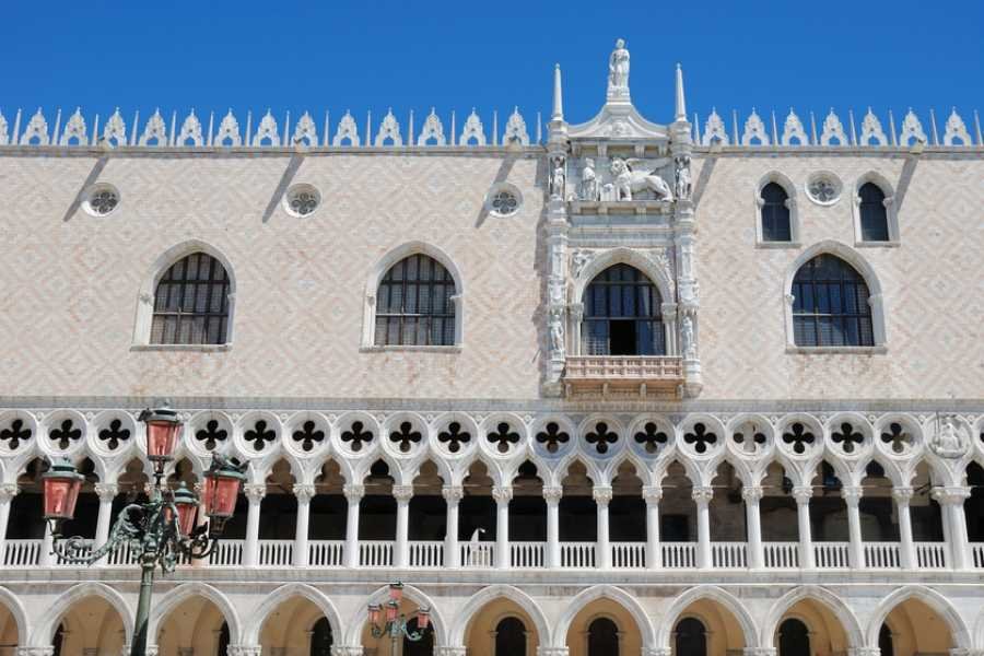 Venice Tours srl DOGE'S PALACE - Guided Tour.E