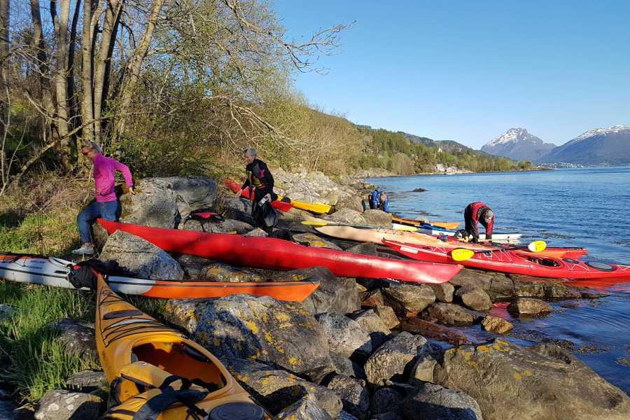 Nordfjord Aktiv Rent a kayak