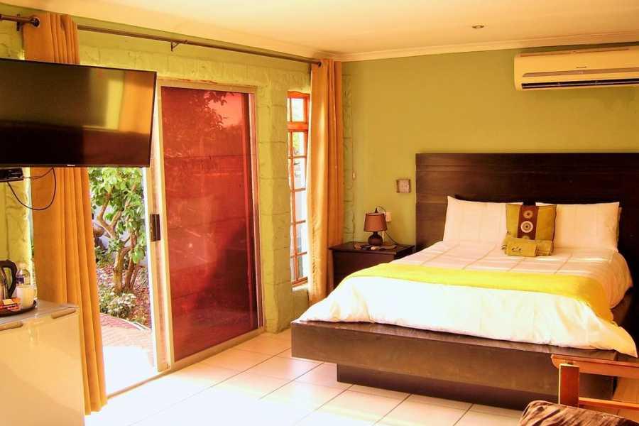 e-Tourism t/a SimplyTravel Berry Bliss Guest House