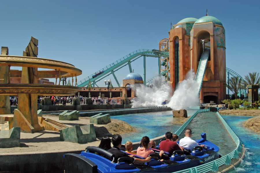 Dream Vacation Builders SEA WORLD SAN DIEGO + ROUND TRIP TRANSFER (SWS)