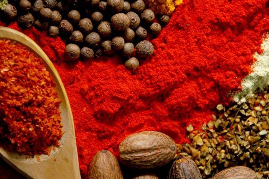 Walkbout International LLC Gastronomny - Tanzania:  Spice Tour Half Day